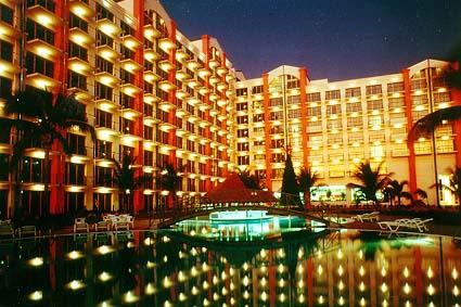 Maho Beach Hotel Amp Casino St Maarten